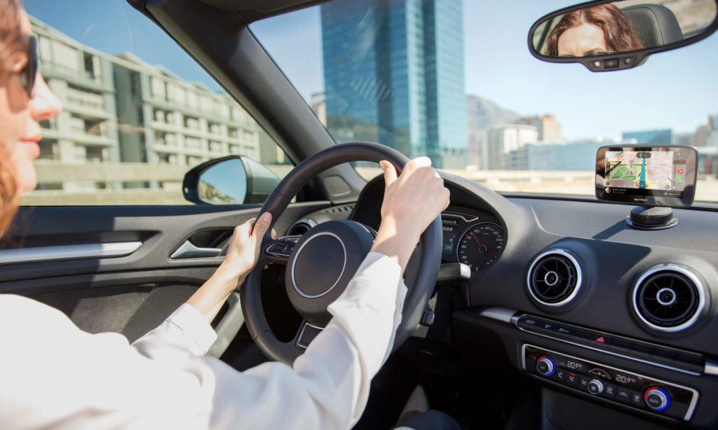 Les bons plans et soldes sur les accessoires automobiles pour l'été !